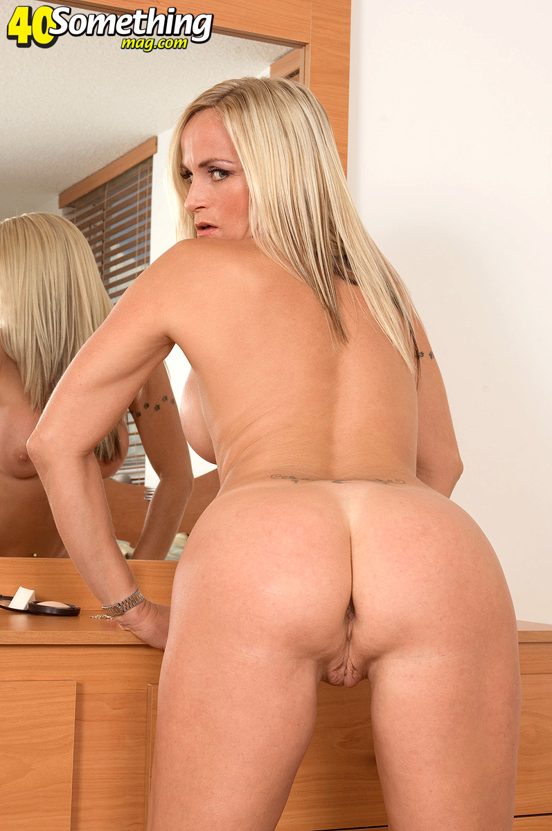 ass worship 4 olivia o lovely