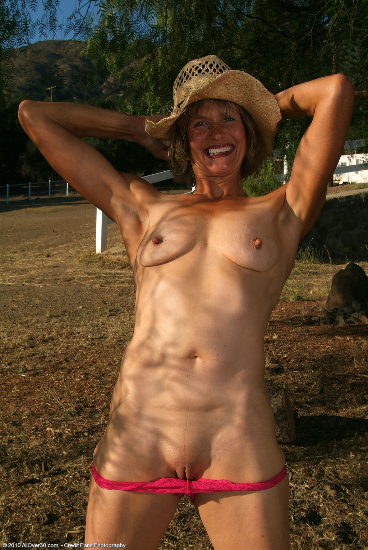 Старая женщина голая фото 23 фотография