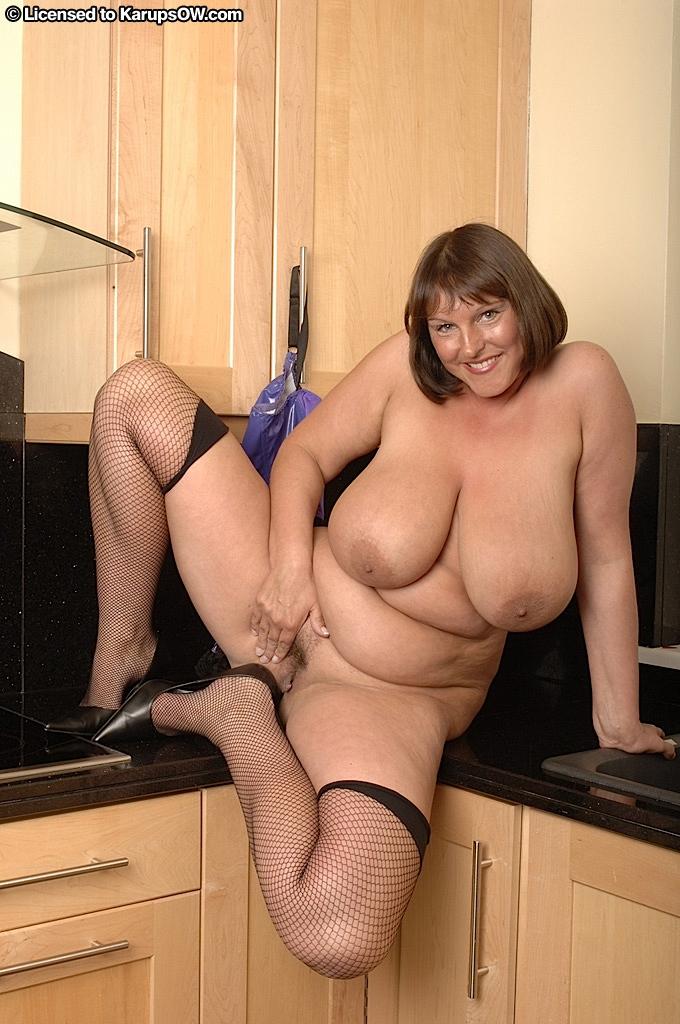 Chubby wife strapon