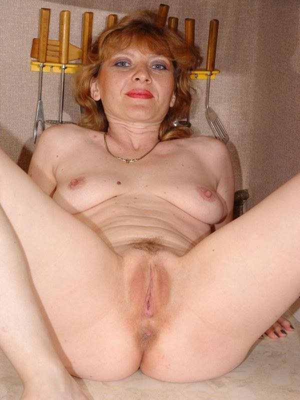 Зрелая женщина бритая пизда порно